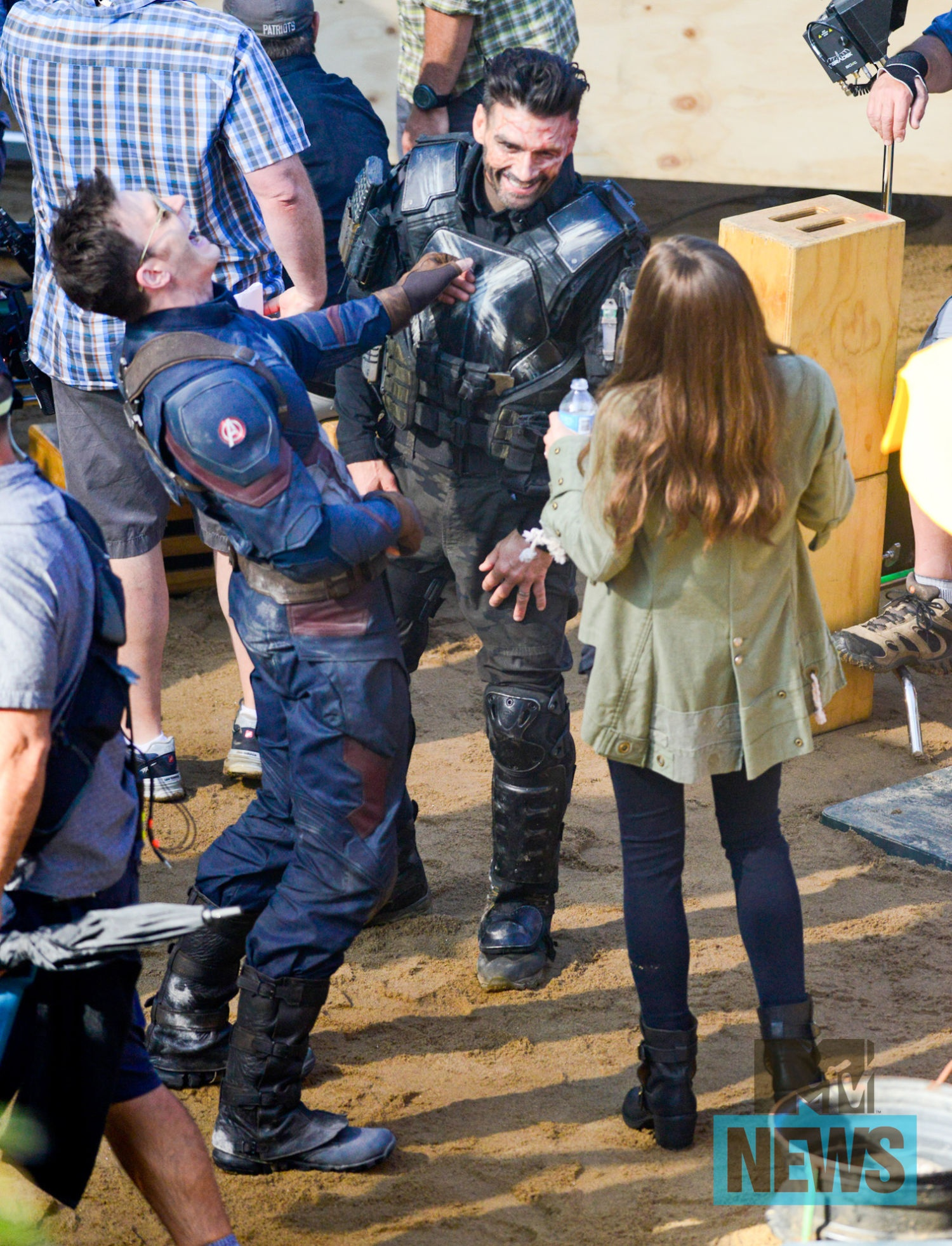 Фото - Первый мститель: Гражданская война: 1500x1963 / 727.54 Кб